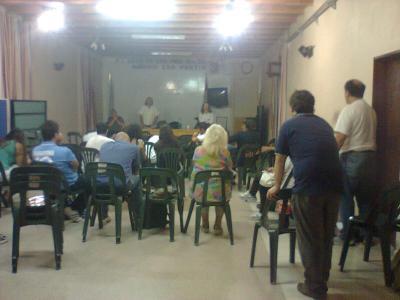 Actividad de Estudio,  debate y taller, en Villa Constitución a cargo del historiador Leonidas Ceruti